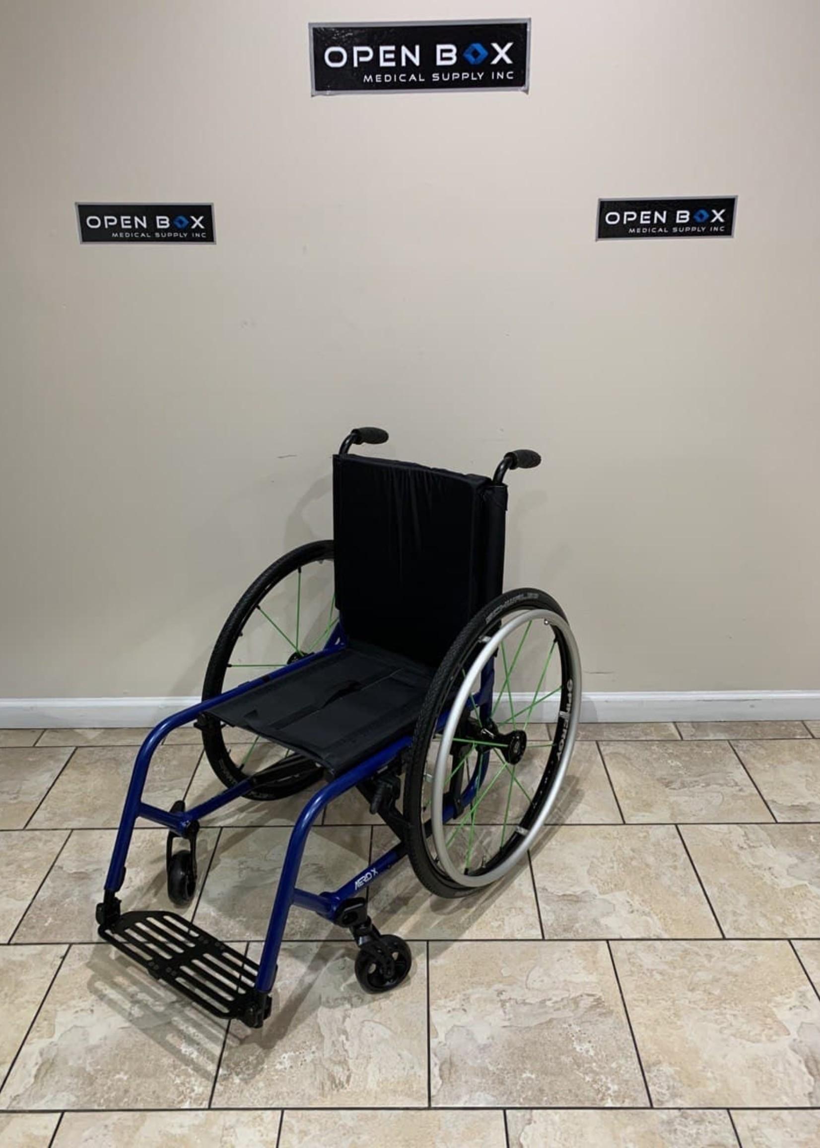 TiLite TiLite Aero X Aluminum Folding Ultralight Wheelchair (Used)