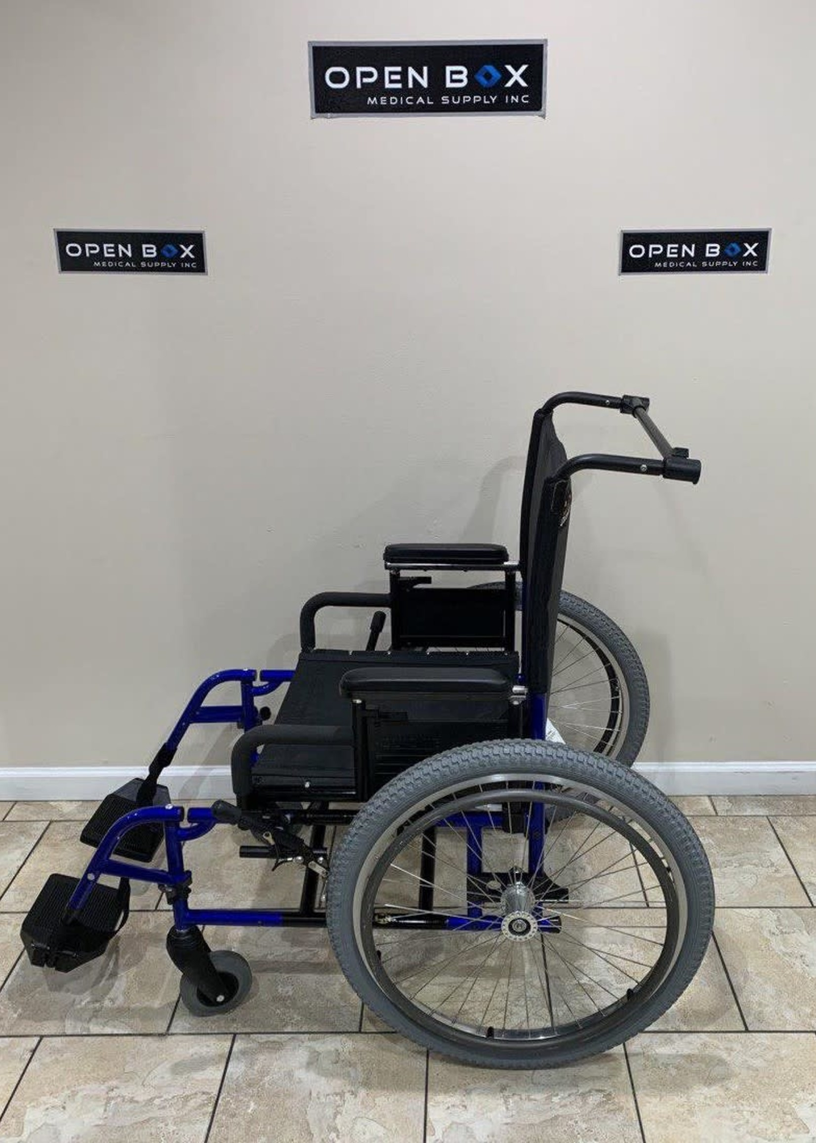 Sunrise Medical Quickie M6 Heavy Duty Wheelchair (Used)