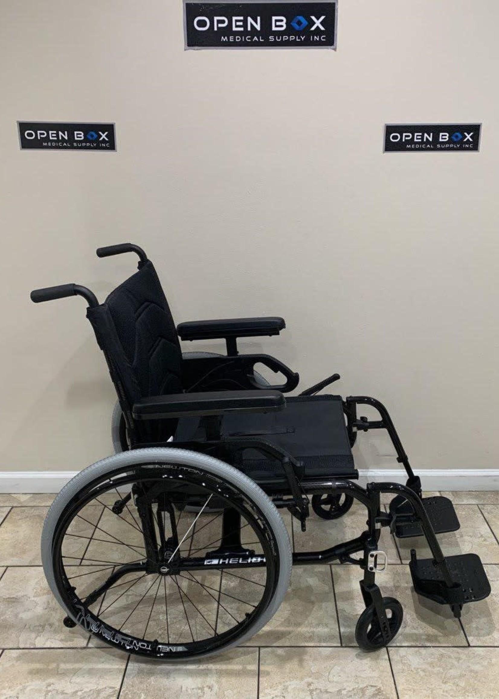 Motion Composites Motion Composites Helio C2 HD Ultralight Manual Folding Wheelchair