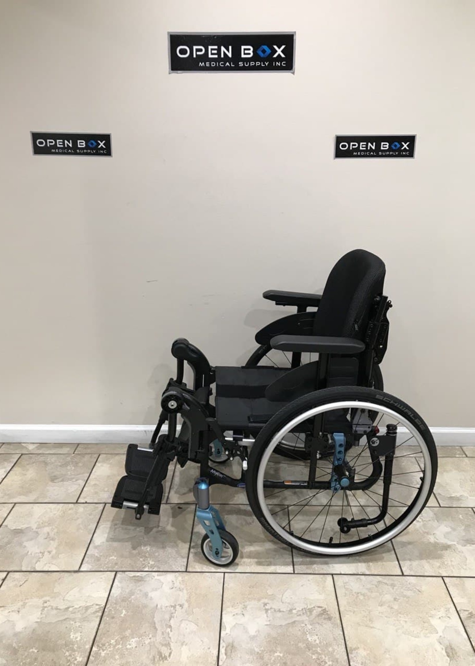 Invacare Invacare MyOn Ultralight Weight Wheelchair