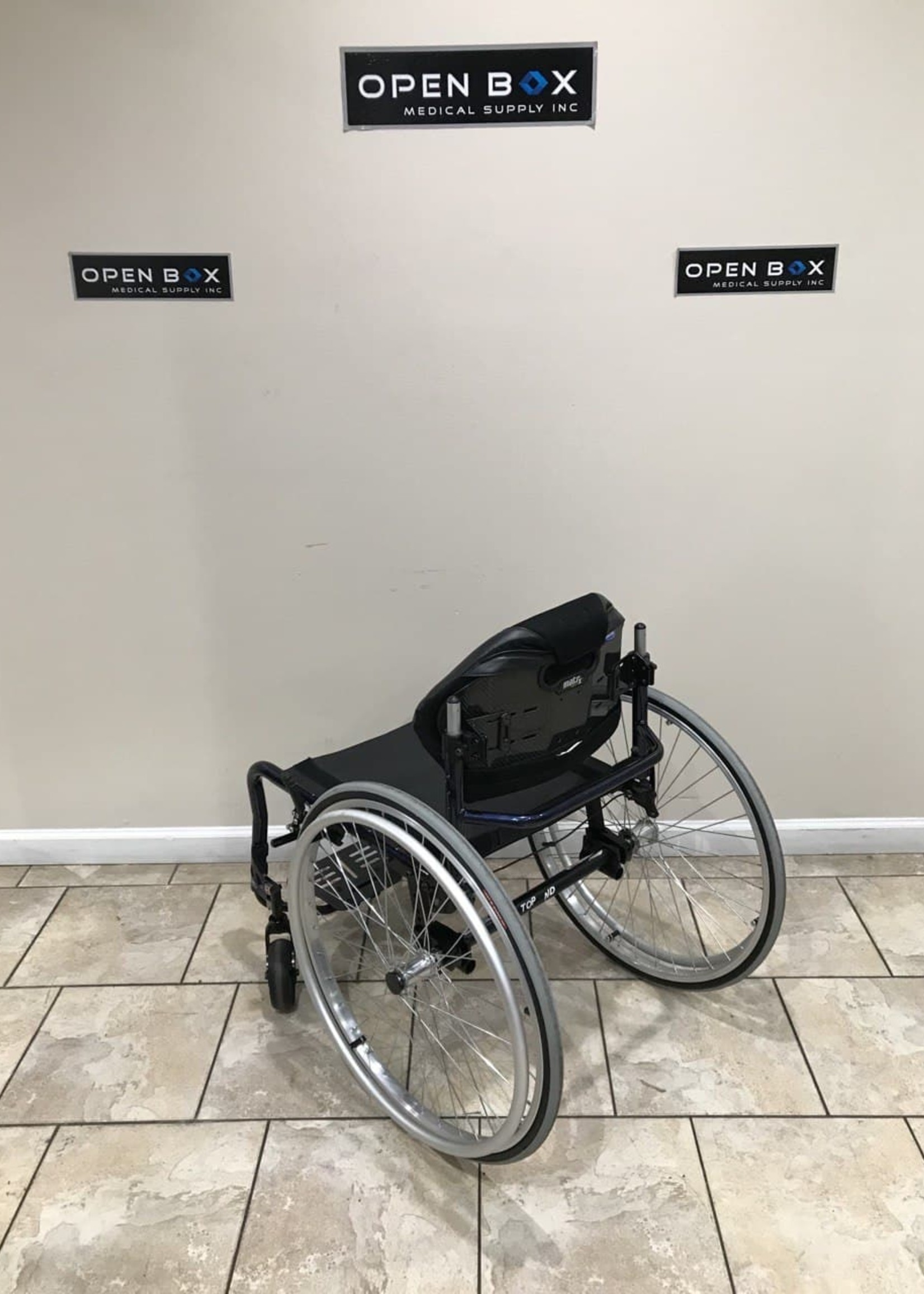 Invacare Invacare Top End Ultralight Wheelchair (Used)