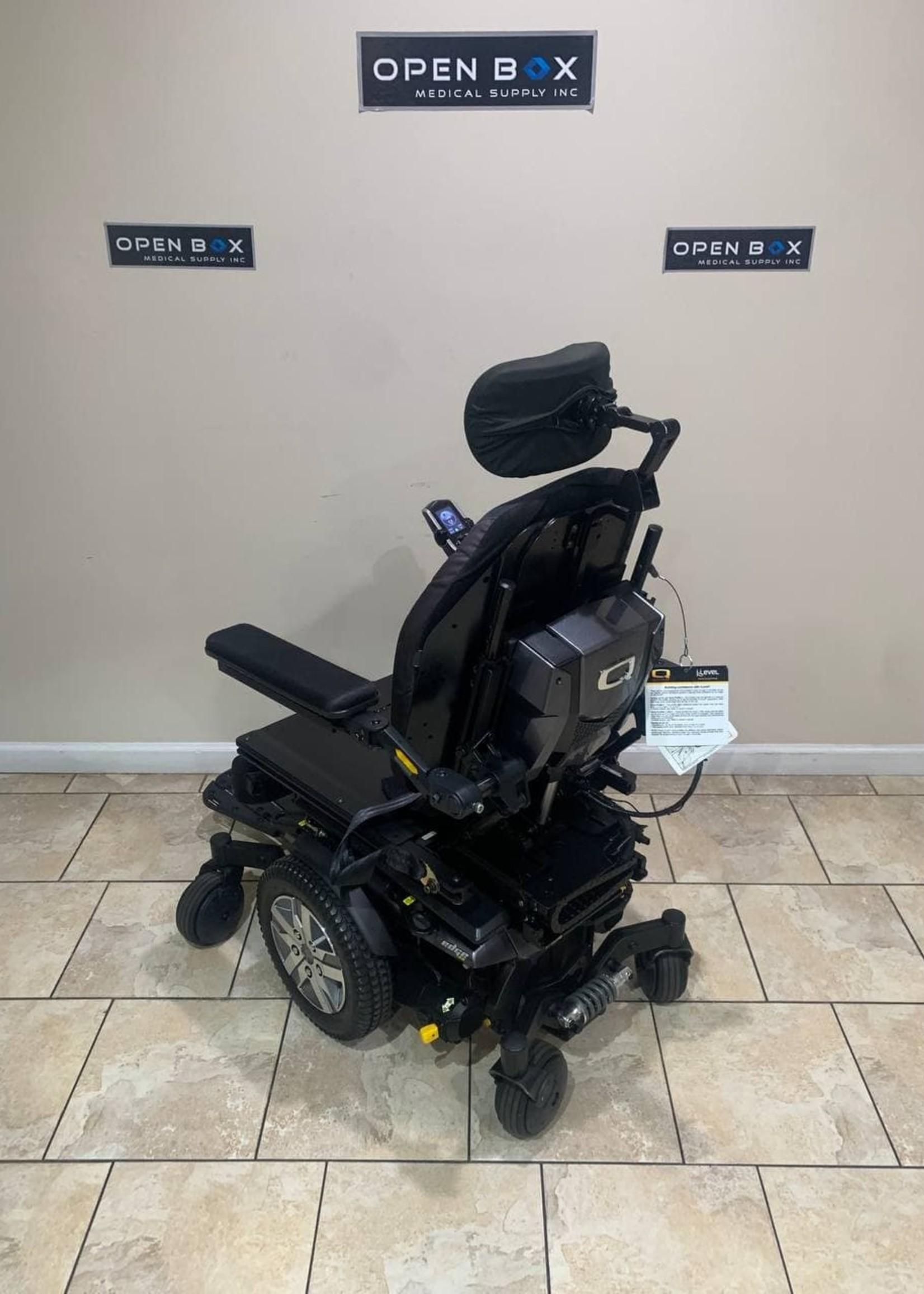 Quantum Rehab Quantum Q6 Edge 2.0 Rehab Power Wheelchair with Seat Elevator