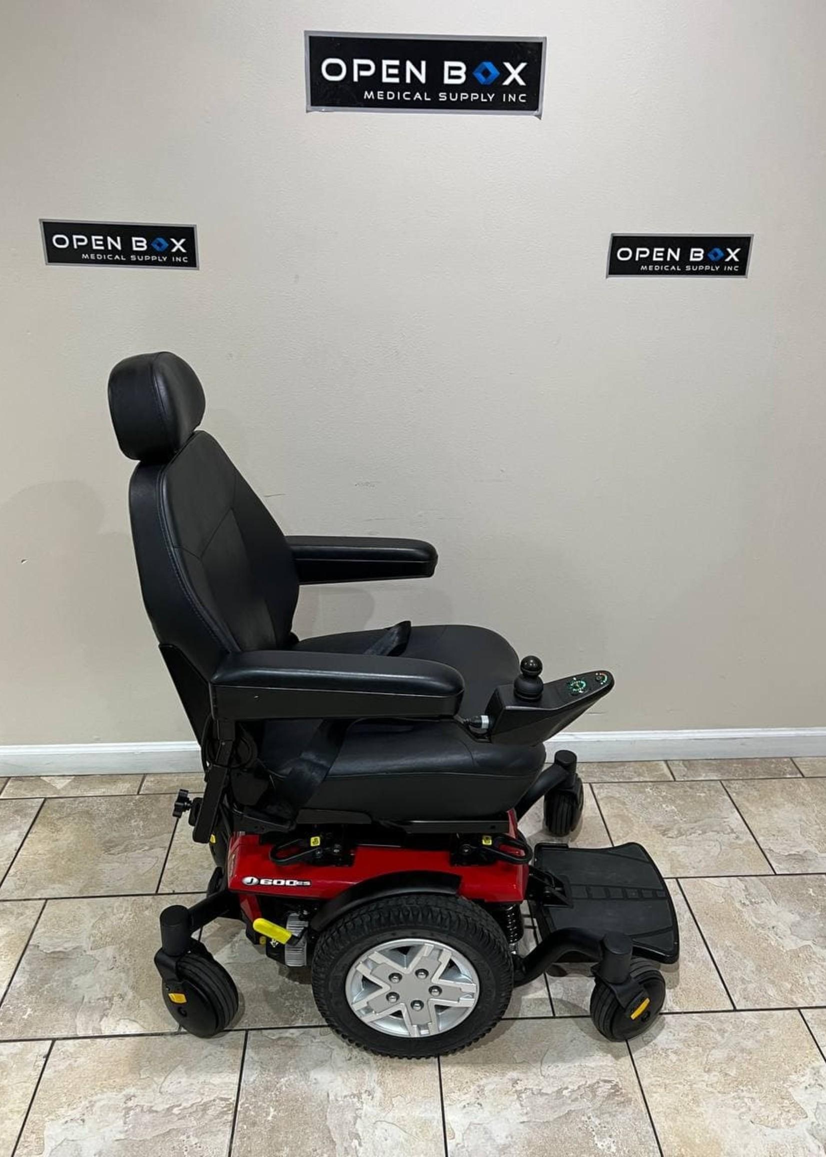 Pride Mobility Pride Jazzy 600 ES Mid-Wheel Power Wheelchair