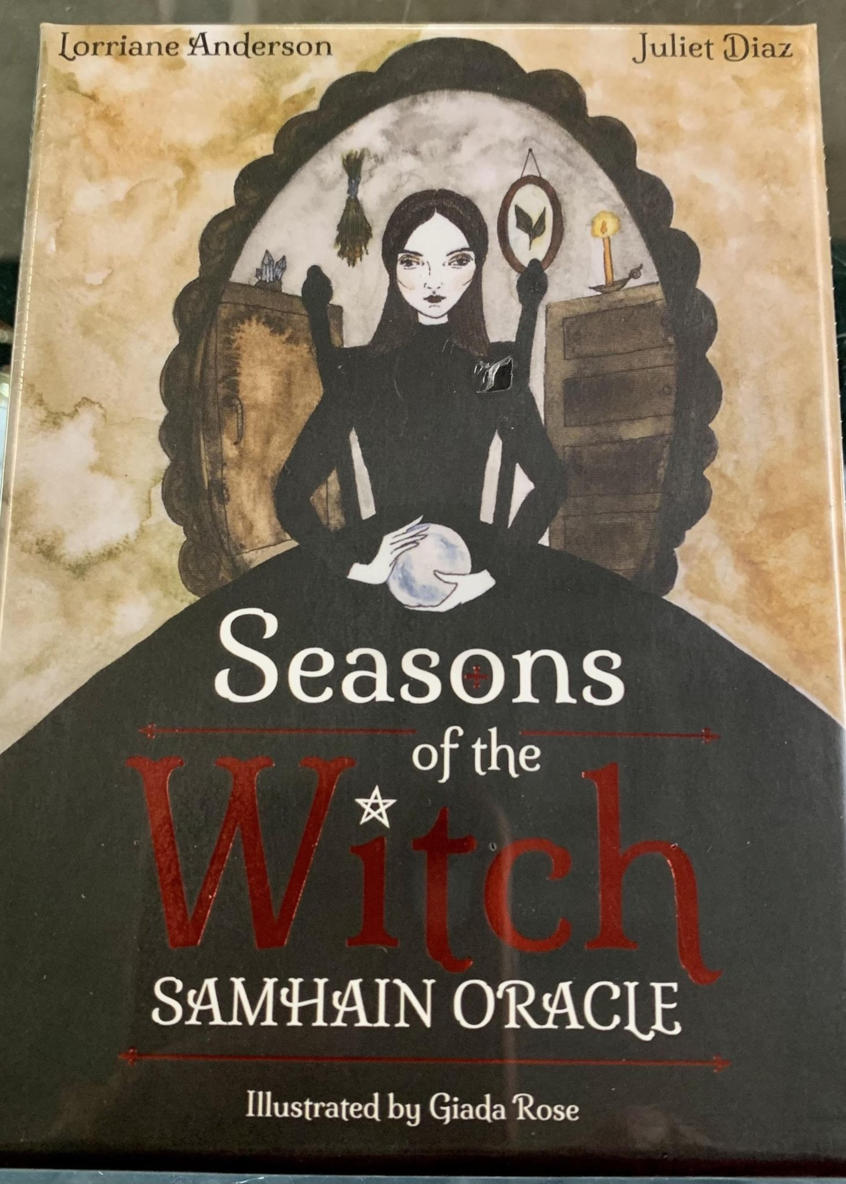 Seasons of the Witch: Samhain Oracle Harness the intuitive power of the year's most magical night - Co-Author Lorriane Anderson, Co-Author Juliet Diaz, Illustrator Giada Rose