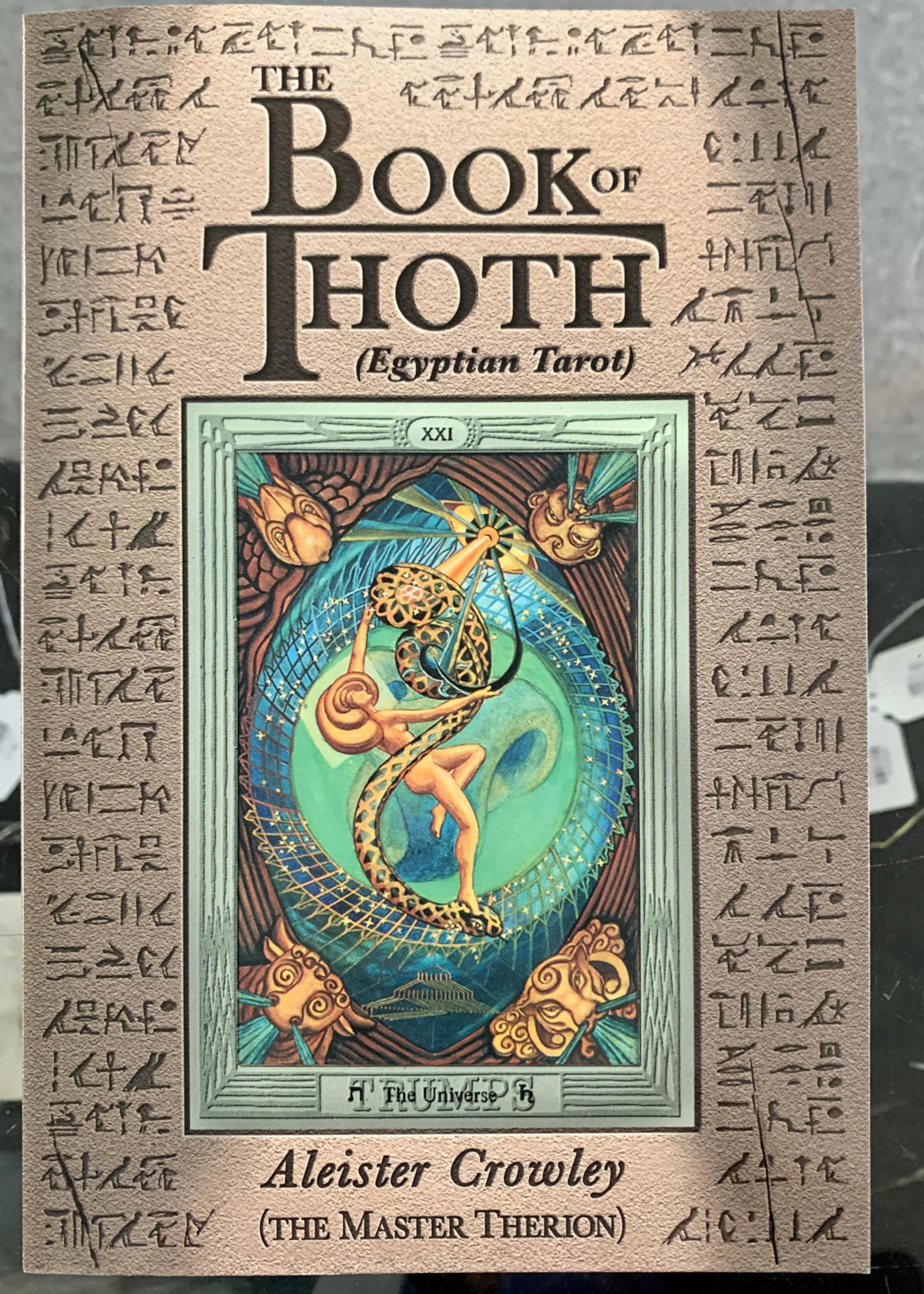 The Book of Thoth (Egyptian Tarot) - Aleister Crowley