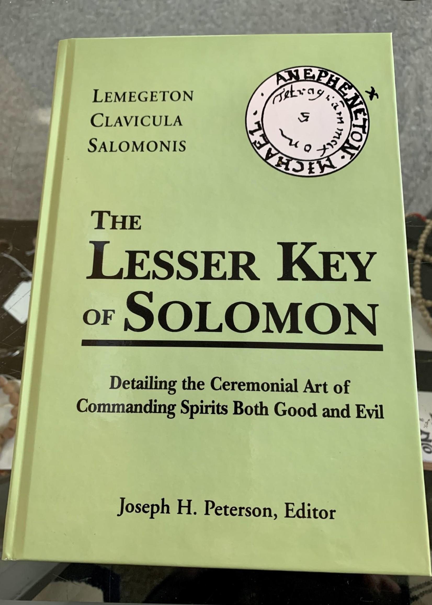 The Lesser Key of Solomon Lemegeton Clavicula Salomonis - Joseph H. Peterson