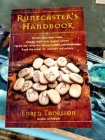 Runecaster's Handbood - Edred Thorsson